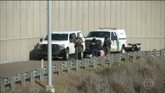 Nova lei que agiliza a deportação de imigrantes entra em vigor nos EUA
