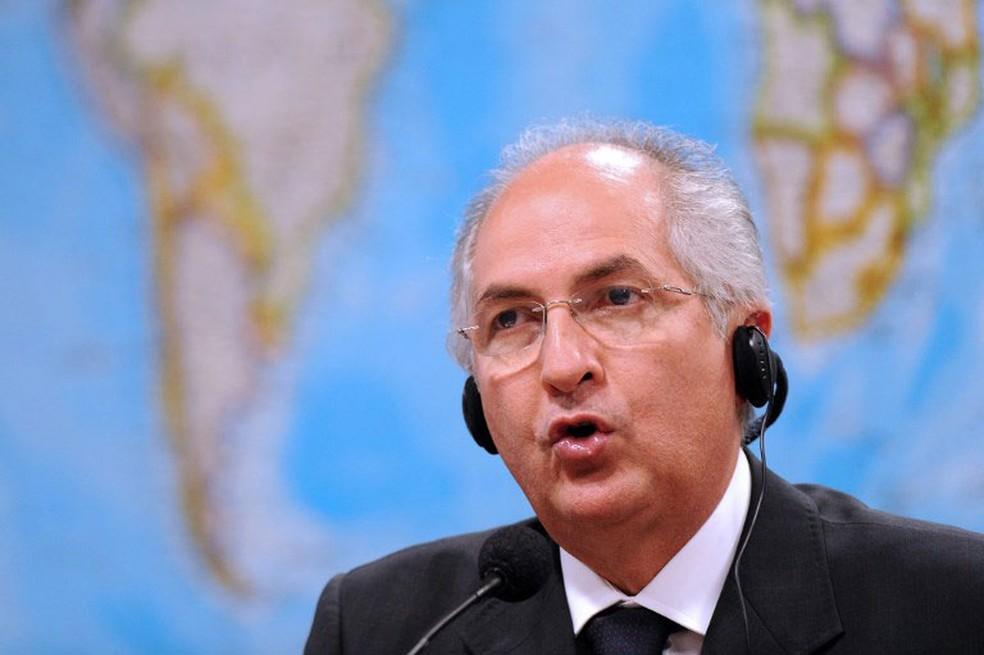 Ex-prefeito de Caracas Antonio Ledezma, em foto de arquivo de outubro de 2009 (Foto: Evaristo Sa / AFP)