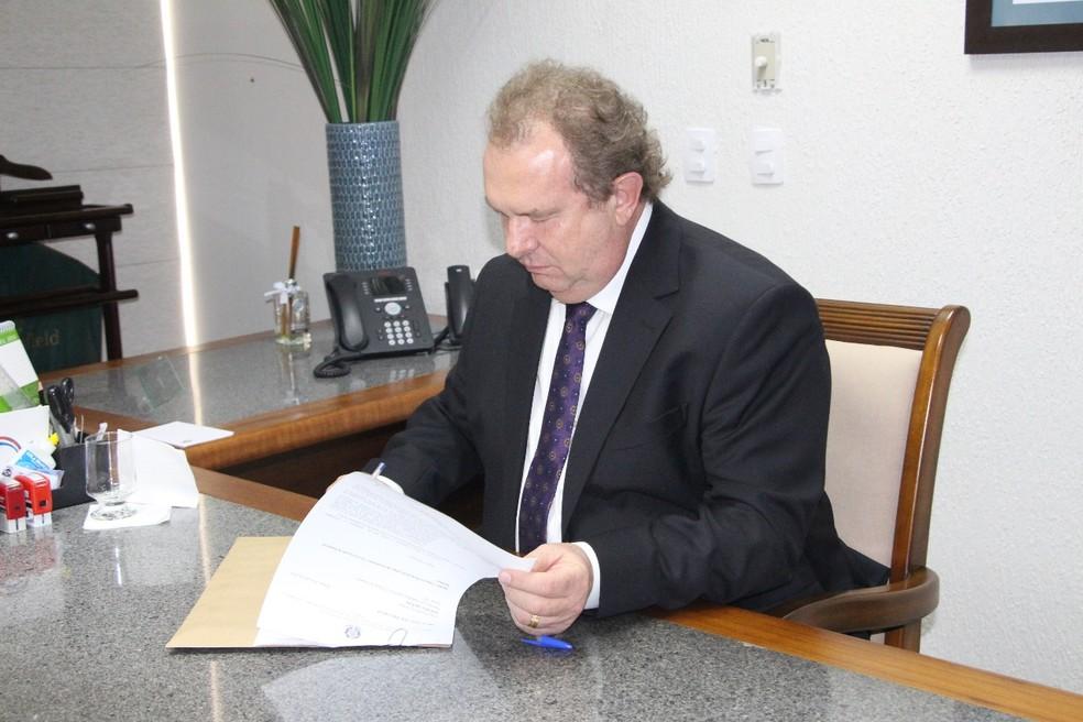 Mauro Carlesse foi notificado pelo TRE (Foto: Esequias Araújo/ Assessoria/Divulgação)