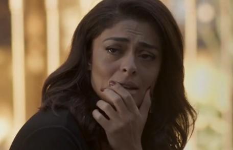 Na quarta (30), o advogado de Eliza (Marina Ruy Barbosa) avisa à modelo que não pode retirar o processo contra Carolina (Juliana Paes) TV Globo