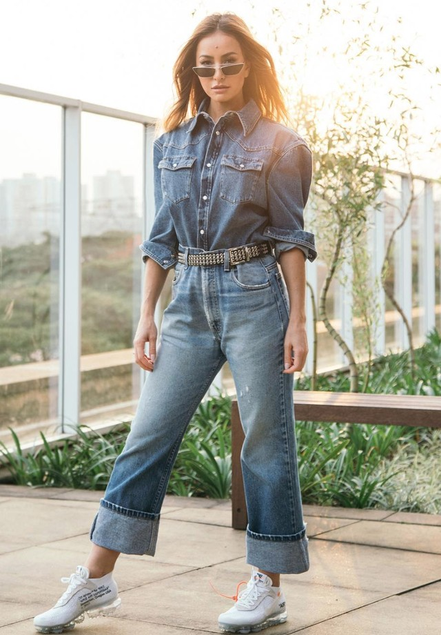 Sabrina Sato de look jeans total (Foto: Instagram Sabrina Sato/ Reprodução)