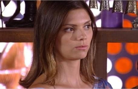 Na segunda-feira (13), Luana (Joana Lerner) avisará a Renê (Dalton Vigh) que ele terá uma grande decepção  Reprodução