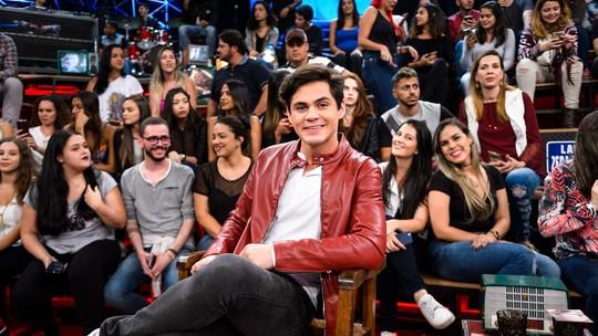 Lucas Veloso brinca sobre pedido de casamento para Nathalia Melo: 'Vai causar mais do que o de namoro'