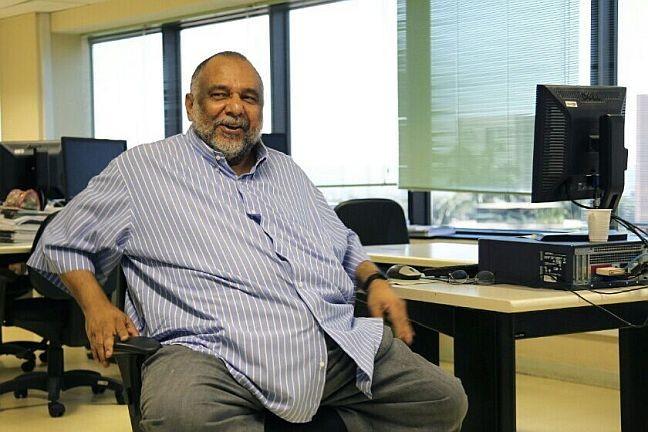 Jorge Bastos Moreno na sucursal de O Globo em Brasília (Foto: Sérgio Marques / Agência O Globo)