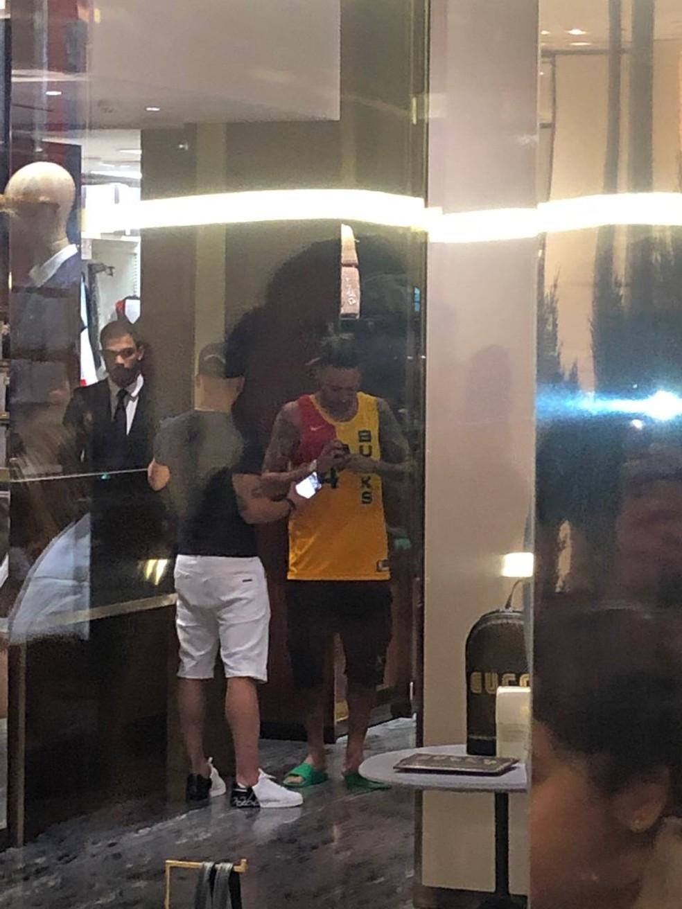 Neymar passeia em shopping de São Paulo — Foto: Alexandre Oliveira