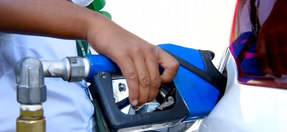 Valor da gasolina já subiu pela quinta vez neste ano — Foto: Reprodução