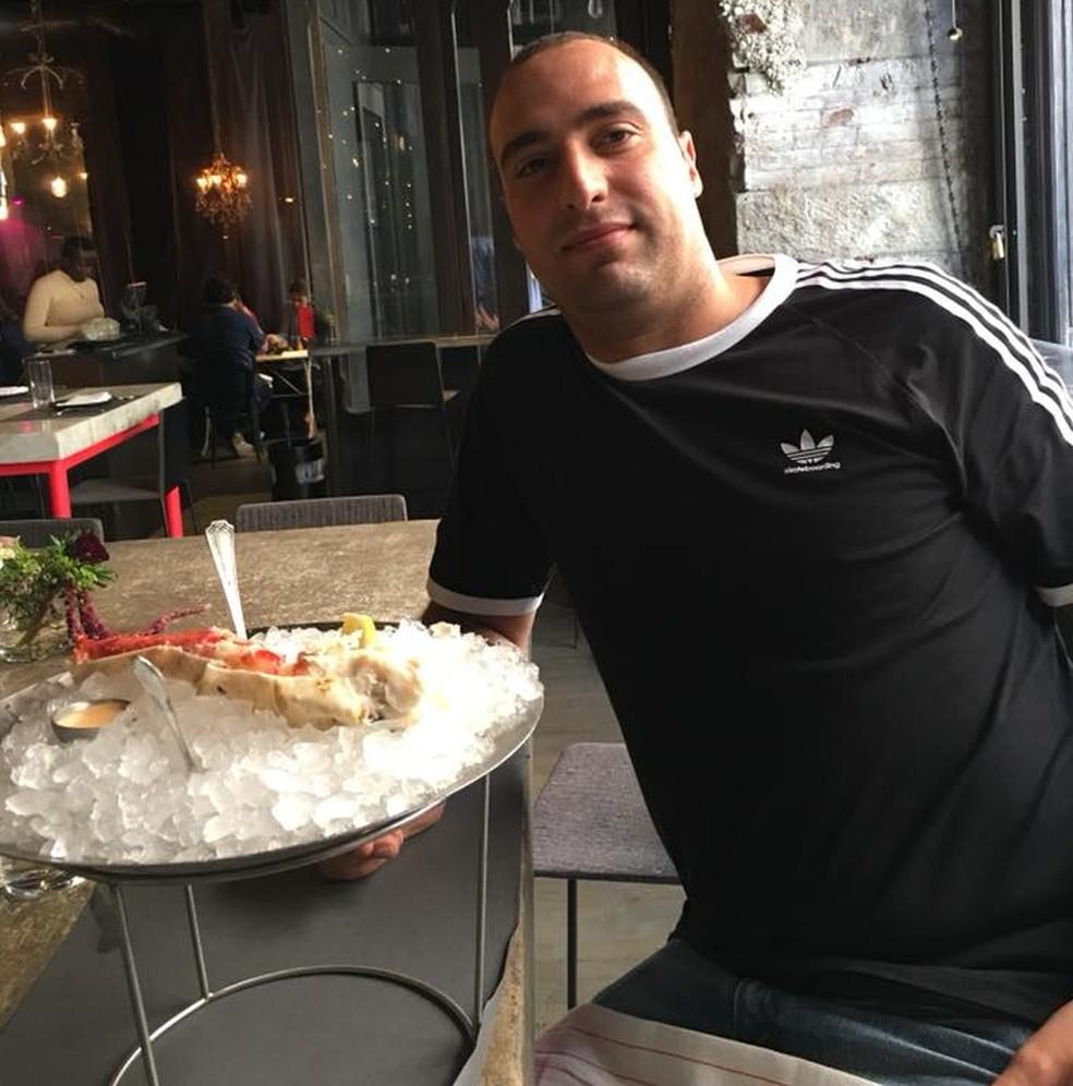 Chef Andrea Zamperoni foi encontrado morto em um hotel do Queens, Nova York — Foto: Reprodução/Facebook/AndreaZamperoni
