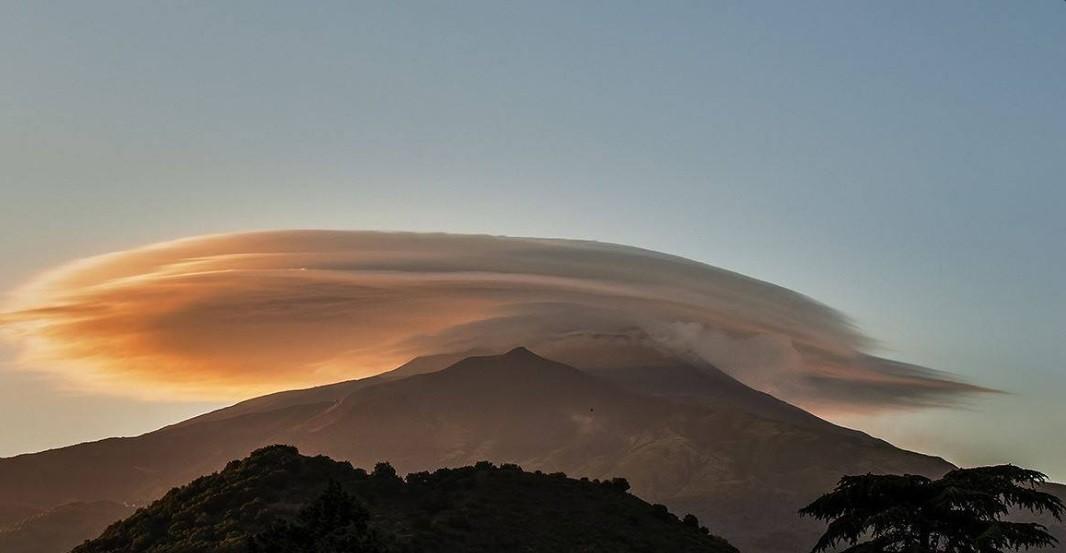 O vulcão é o maior e mais ativo da Europa