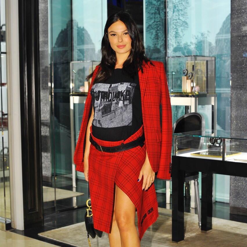 Isis Valverde em evento da Dior (Foto: Brazil News)