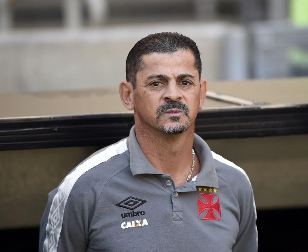 Valdir durante a partida contra o Fluminense, neste sábado (Foto: André Durão)