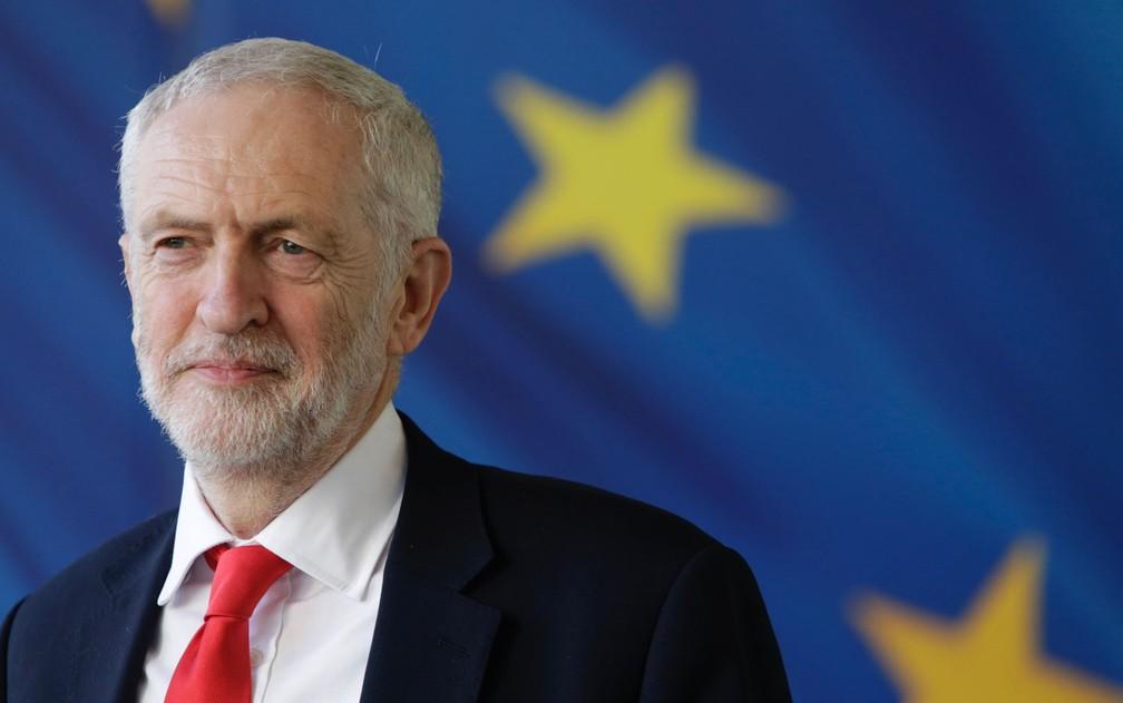 O líder do Partido Trabalhista britânico, Jeremy Corbyn, em foto de 21 de março, em Bruxelas, na Bélgica — Foto: Aris Oikonomou / AFP