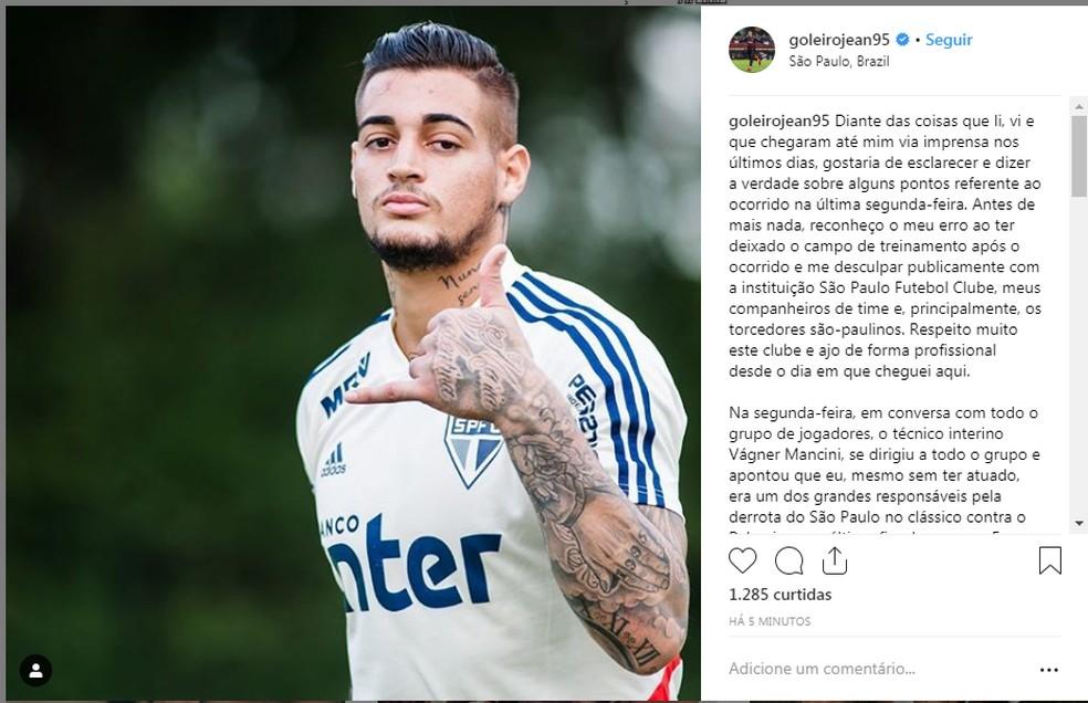 Goleiro Jean, do São Paulo, usa rede social para se defender de críticas e atacar o técnico interino Vagner Mancini — Foto: reprodução / Instagram
