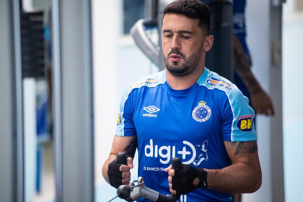 Edilson tem salário considerado alto no Cruzeiro — Foto: Bruno Haddad/Cruzeiro