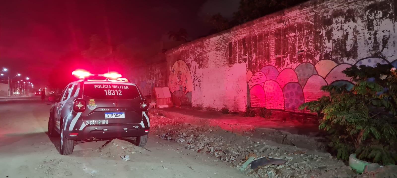 Jovem de 21 anos é morta a tiros na sala de casa no Bairro Goiabeiras, em Fortaleza
