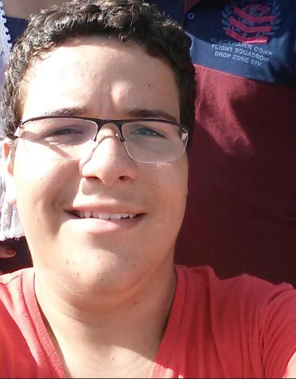 Arthur Lima de Oliveira tinha 18 anos — Foto: Arquivo Pessoal