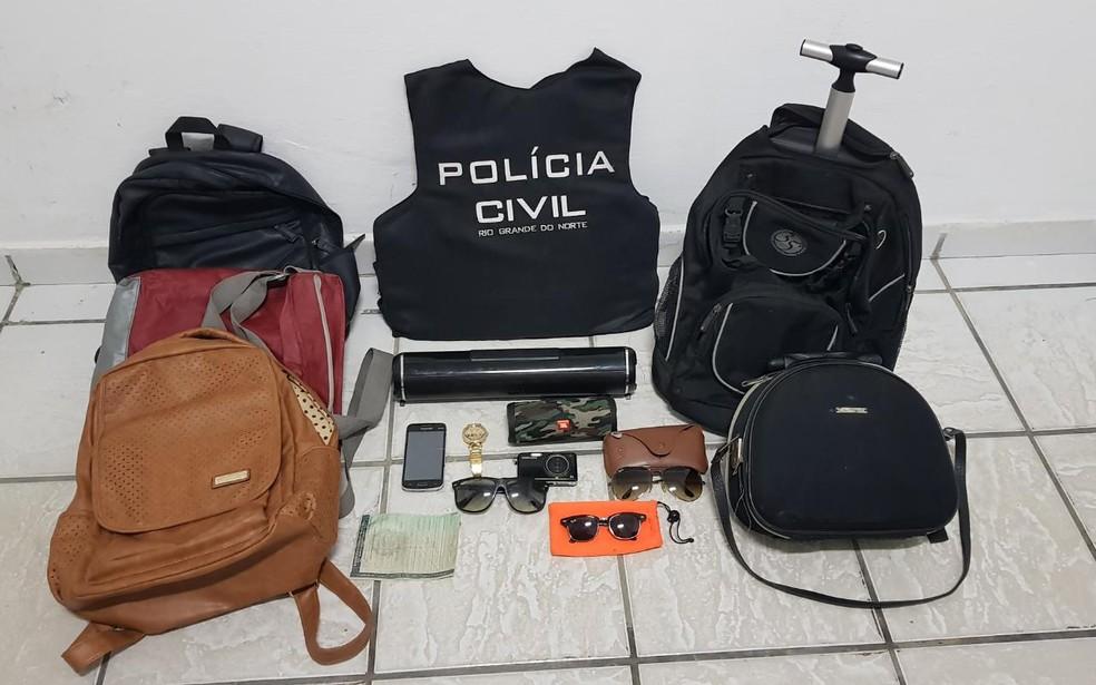 Polícia prendeu três suspeitos de roubos em praias da Grande Natal — Foto: Polícia Civil