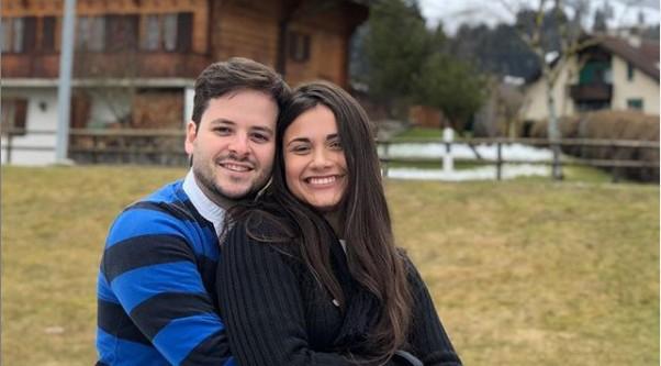Thiago Oliveira e a namorada, Carolina (Foto: Reprodução/ Instagram)