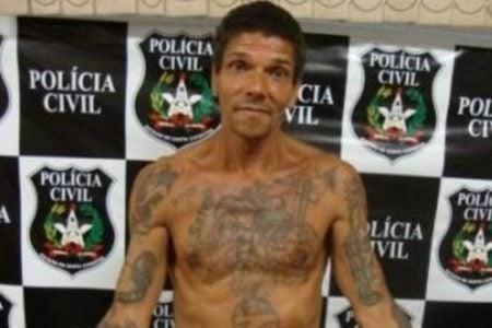 O criminoso Pedrinho Matador ao ser preso em 2011, em Santa Catarina