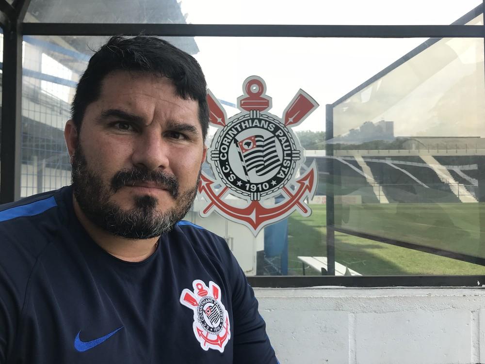 Novo no Corinthians, conheça Barroca e os pensamentos do técnico do sub-20
