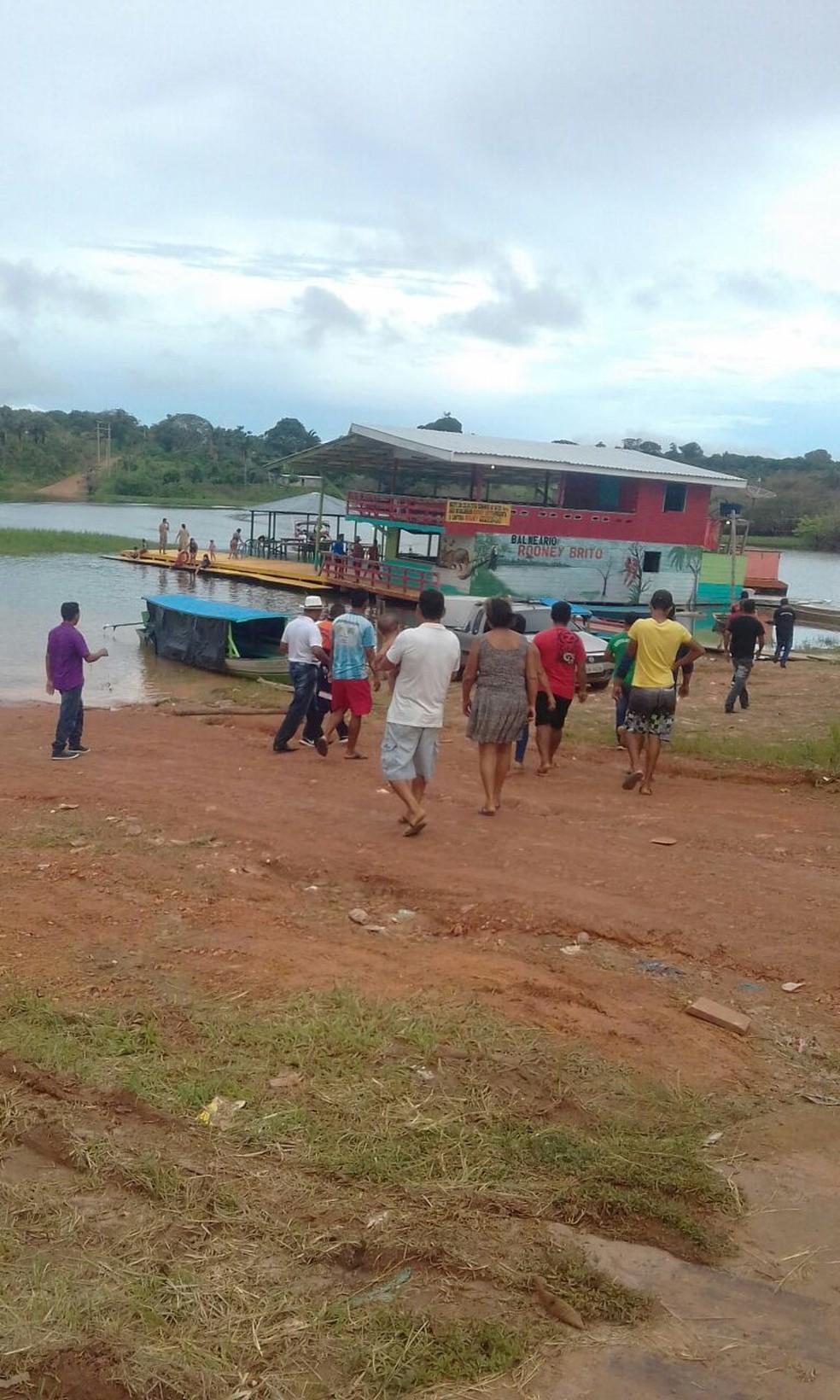 Comunitários ajudam em buscas por aeronave desaparecida em Urucurituba (Foto: Divulgação/Secretaria de Saúde de Urucurituba)
