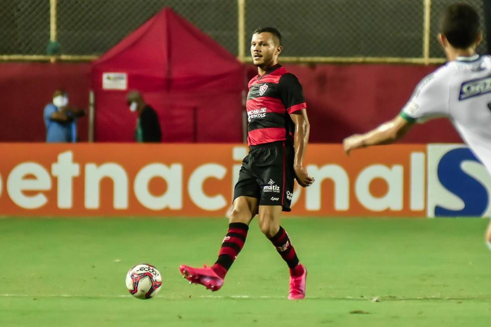 Thalisson Kelven é opção para a partida contra o Brusque — Foto: Pietro Carpi / EC Vitória / Divulgação