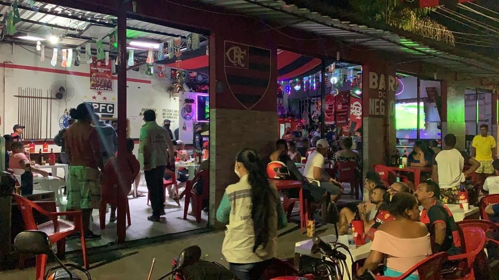 Fiscais também fecharam bares que promoviam aglomerações — Foto: divulgação