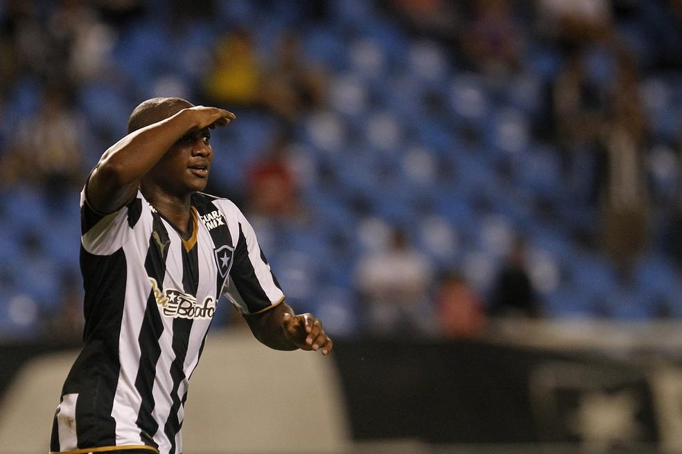 Sassá marcou 11 gols em 42 jogos pelo Botafogo em 2015 — Foto: Vitor Silva/Botafogo