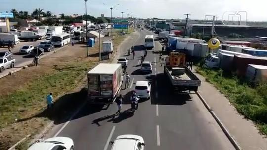 Caminhoneiros entram no 10º dia de paralisação contra alta de combustíveis no RN