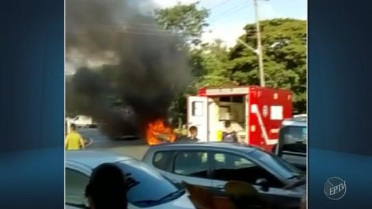 Vídeo mostra incêndio em carro que deixou família ferida; mãe agradece morador de rua por socorro: 'Anjo'