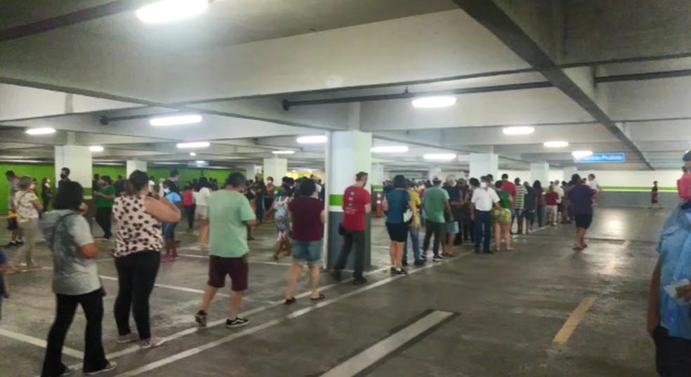 Sorocaba registrou longas filas em pontos de vacinação contra Covid-19 — Foto: Amanda Pancho/Arquivo pessoal