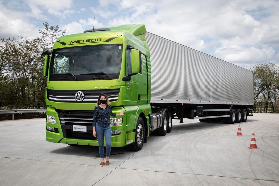 Maior VW do mundo: como é dirigir o Meteor, caminhão gigante de 520 cv capaz de carregar até 74 toneladas