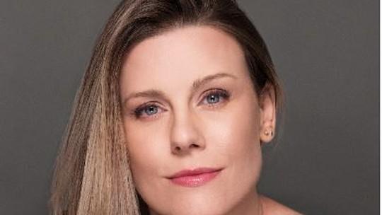 Daiana Garbin lança segundo livro e fala sobre ser mãe de menina: 'Um renascimento'