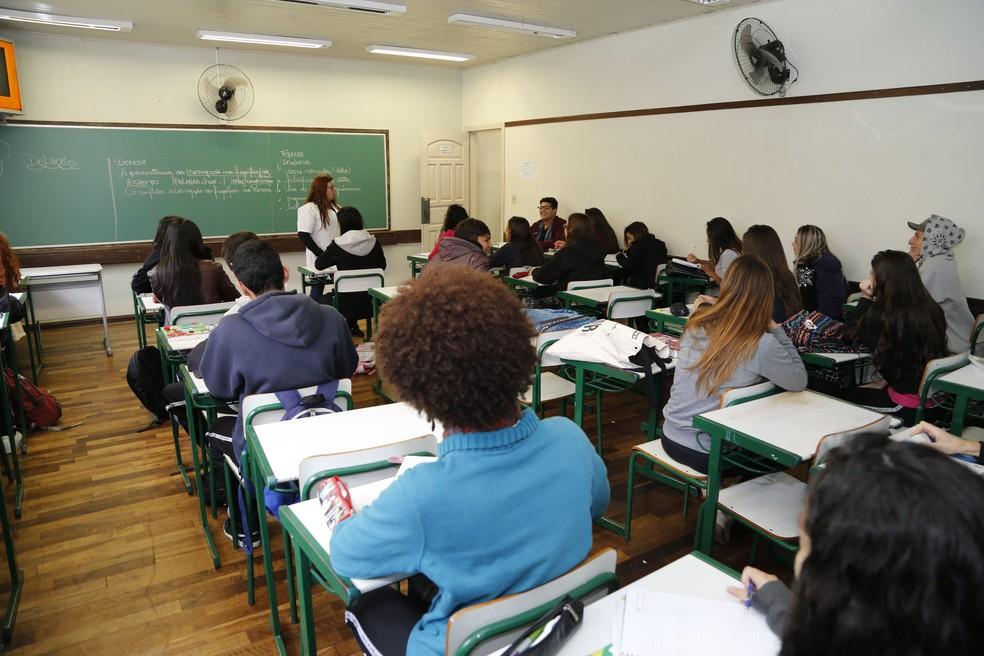 Nota do Ideb no ensino médio do Paraná subiu apenas 0,1 (Foto: Agência Estadual de Notícias/Reprodução)