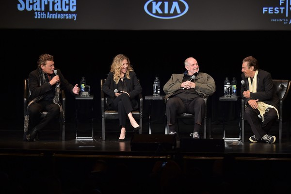 Michelle Pfeiffer, Al Pacino, Steven Bauer e Brian De Palma no evento celebrando os 35 anos Scarface (1983) (Foto: Getty Images)