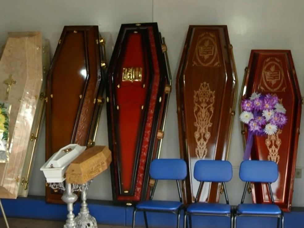 Justiça estadual suspende lei que criou rodízio de funerárias em ...