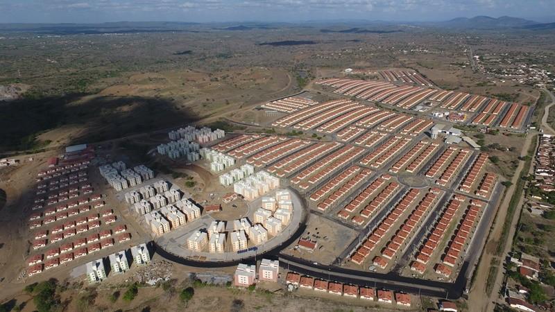 Contemplados do Aluízio Campos vistoriam imóveis nesta terça-feira (17), em Campina Grande - Noticias