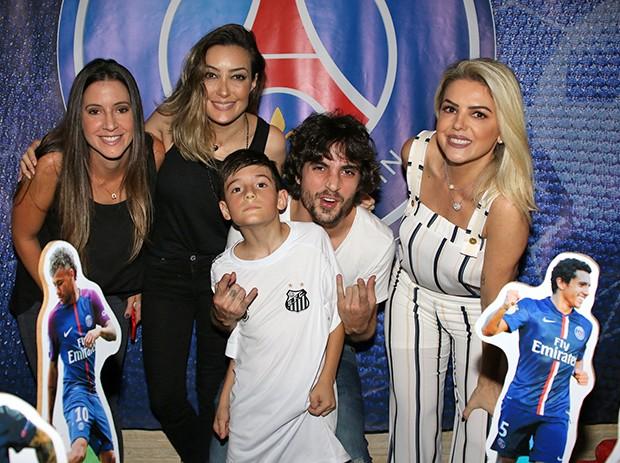 Fiuk, Krizia,Tainá, Mari e Záion (Foto: Thiago Duran/AgNews)