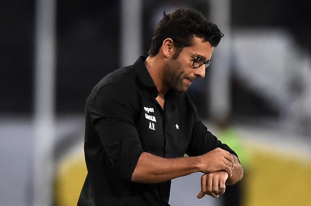 Alberto Valentim é um dos cotados para assumir o Botafogo — Foto: André Durão/GloboEsporte.com