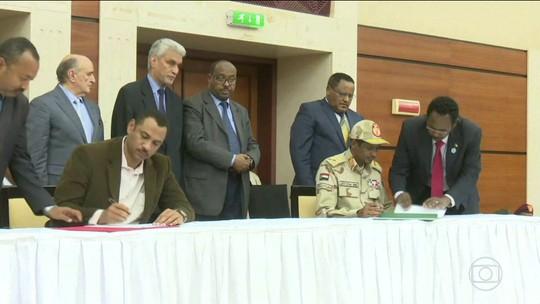 Militares e civis assinam acordo no Sudão