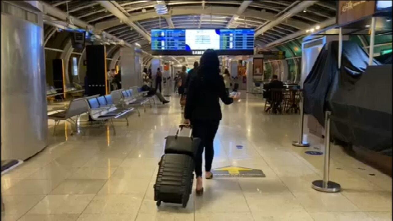 Brasil fecha 3º trimestre com queda de 76% no número de passageiros de avião