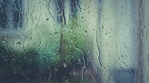 Chuva, vidro molhado, água (Foto: Pexels)