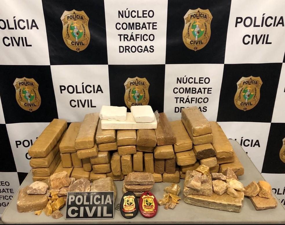 Polícia Civil apreende quase 50 kg de drogas em ônibus rodoviário, no Ceará. — Foto: Polícia Civil