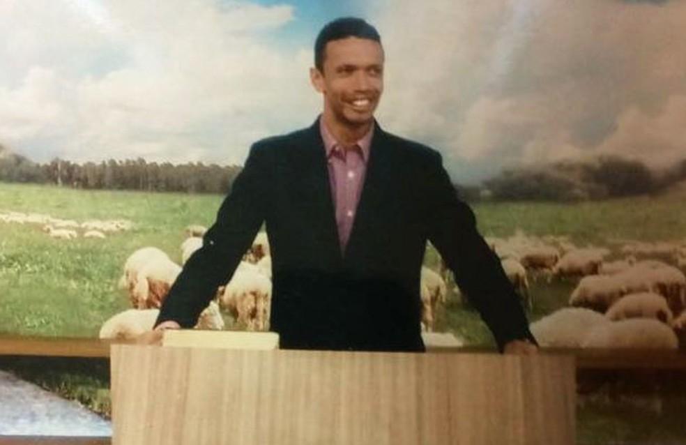 Pastor que atuava em Igreja evangélica de Cubatão está foragido (Foto: Divulgação/Polícia Civil)