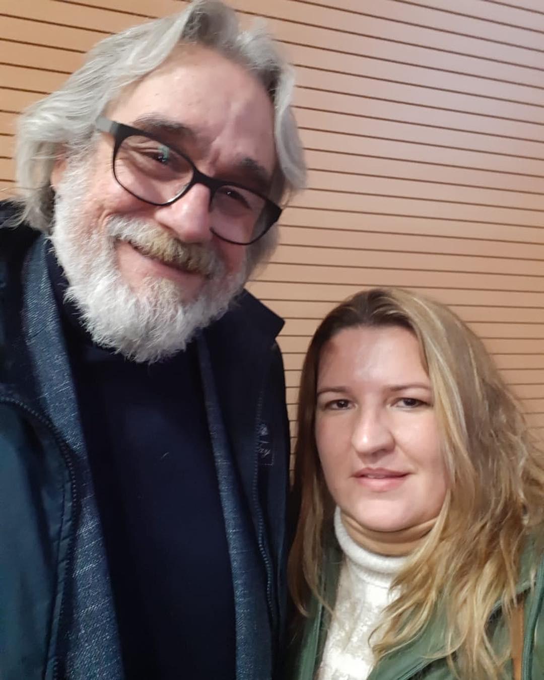 Dr. Michelle de Lucca realizou o primeiro transplante de pele do mundo. Junia foi atrás dele na Itália, sem ao menos saber se conseguiria falar com o especialista. E deu certo! (Foto: Reprodução Instagram)