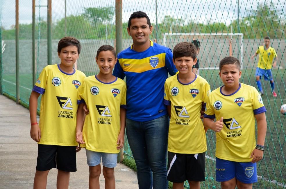 186d7cbbbd ... Atletas vão disputar competição no Peru — Foto  Caruaru City    Divulgação