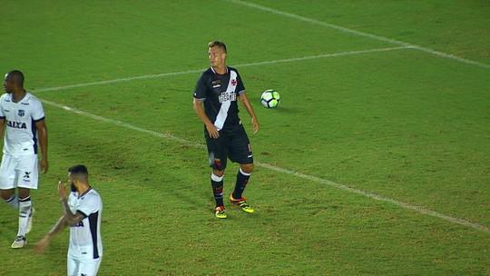 Técnico novo, esquema novo...  problemas antigos: Vasco não se impõe em casa frente ao Ceará
