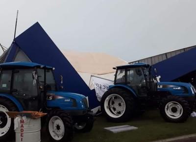 expodireto-estande-ls (Foto: Assessoria de Imprensa/LS Tractor)