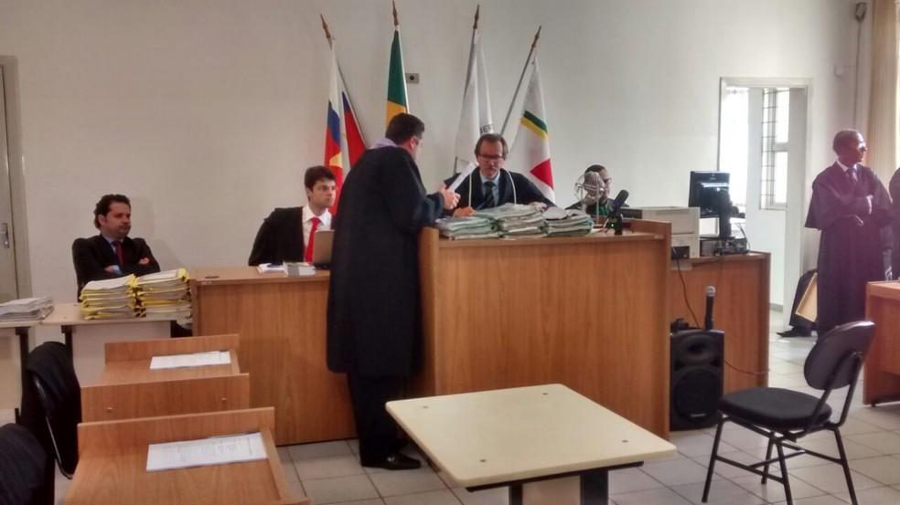 -  Sessão do júri no Fórum de Nova Ponte nesta quarta-feira  11   Foto: Pedro Torres/G1