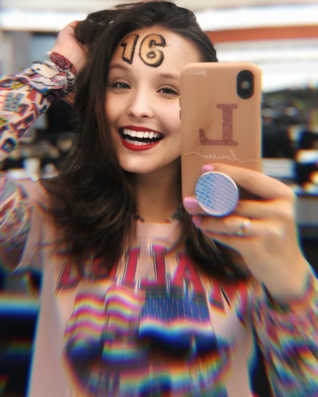 Larissa Manoela (Foto: Reprodução / Instagram)