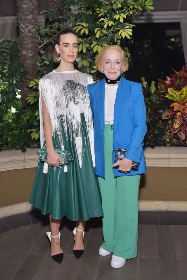 LOS ANGELES, CA - OCTOBER 15:  Sarah Paulson and Holland Taylor attend ELLE's 25th Annual Women In Hollywood Celebration presented by L'Oreal Paris, Hearts On Fire and CALVIN KLEIN at Four Seasons Hotel Los Angeles at Beverly Hills on October 15, 2018 in  (Foto: Getty Images for ELLE Magazine)